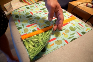 Don't pin pocket down so the whole placemat can be quilted (image 3).
