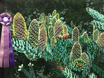 Pinecones, Maker/Quilter: Lenore Crawford, Midland, MI