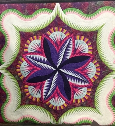 Island Leaves, Maker: Tova Sobel, Quilter: Doug Sobel, West Hills, CA